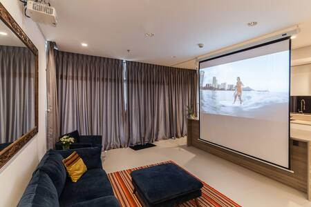 Home-theatre-at-City-Garden-Apartment