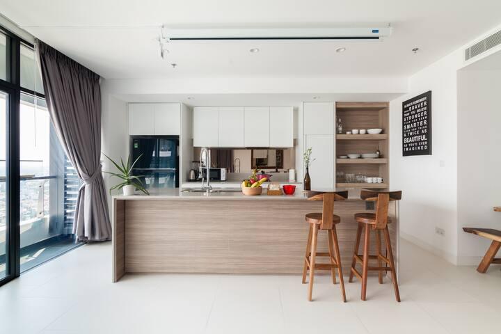 Beautiful-modern-kitchen